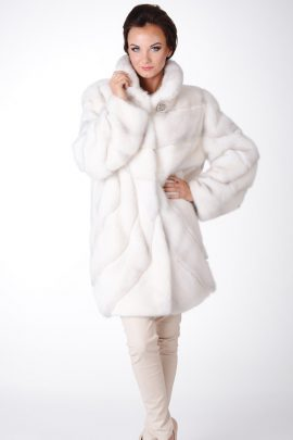 Białe futro