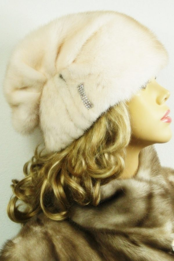czapka futrzana z norki LN14-3