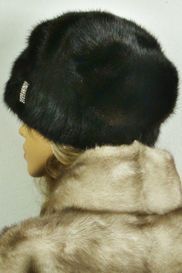 czapka futrzana z norki tył LN20-1